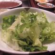 【鉄板焼:モンシェルトントン】 (サラダ)